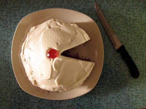 root beer cake with root liquor frosting