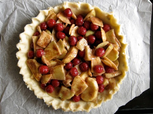 apple & sour cherry pie
