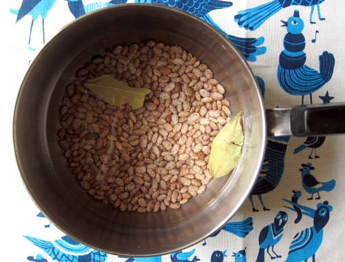 boiling pinto beans
