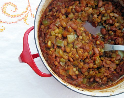 sticky baked lentils & pinto beans