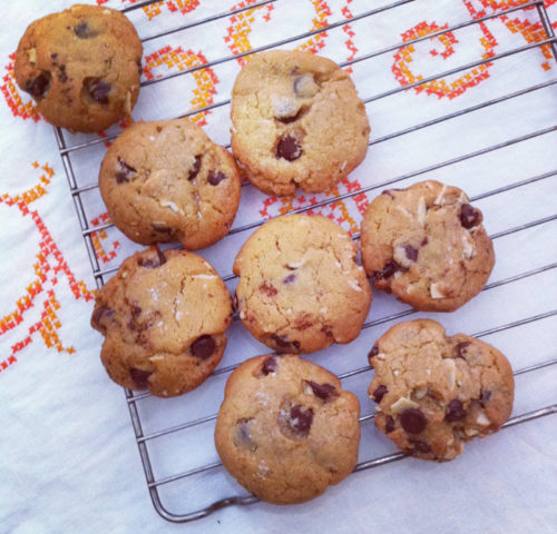 the very best chocolate chip cookie recipe ever cooling on a rack