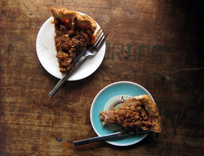 rustic dessert: winter fruit pie with walnut crumb | Everybody Likes ...