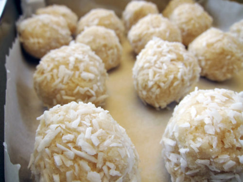 coconut snowballs | everybody likes sandwiches