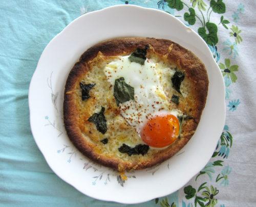 egg pita pizza | everybody likes sandwiches