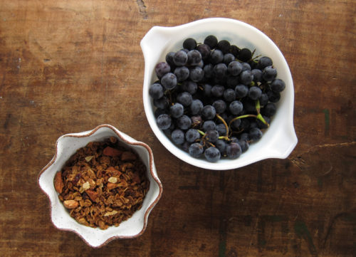 gingerbread granola | everybody likes sandwiches