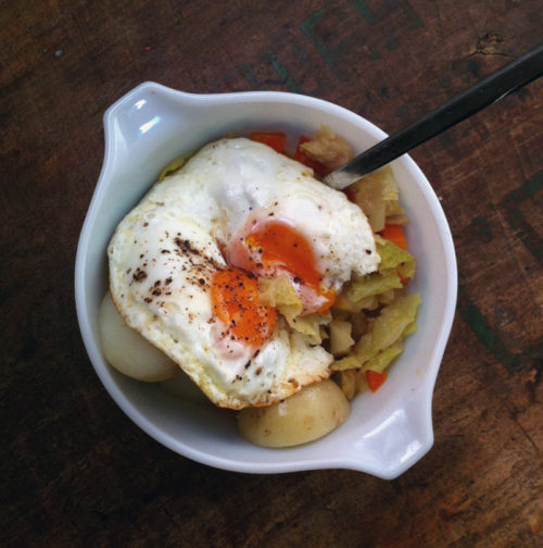 stove-top braised cabbage & apples | everybody likes sandwiches