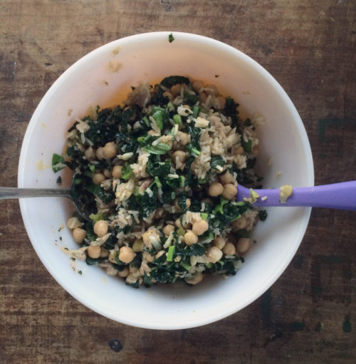 lemony tuna salad with kale, chickpeas & brown rice | everybody likes sandwiches