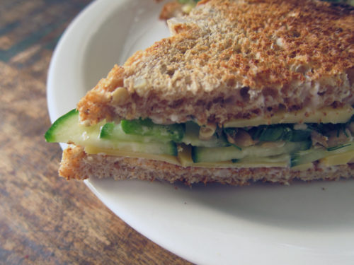 the best cucumber & cheese sandwich ever | everybody likes sandwiches