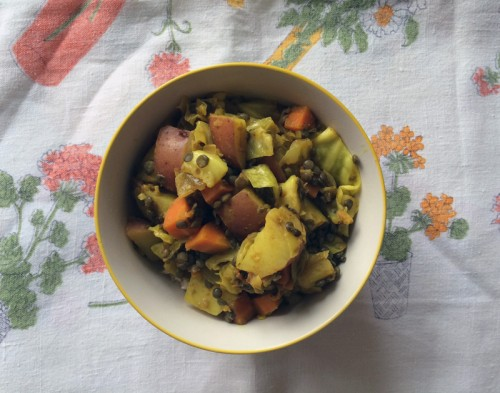 turmeric-spiced potato, carrots, & cabbage | everybody likes sandwiches